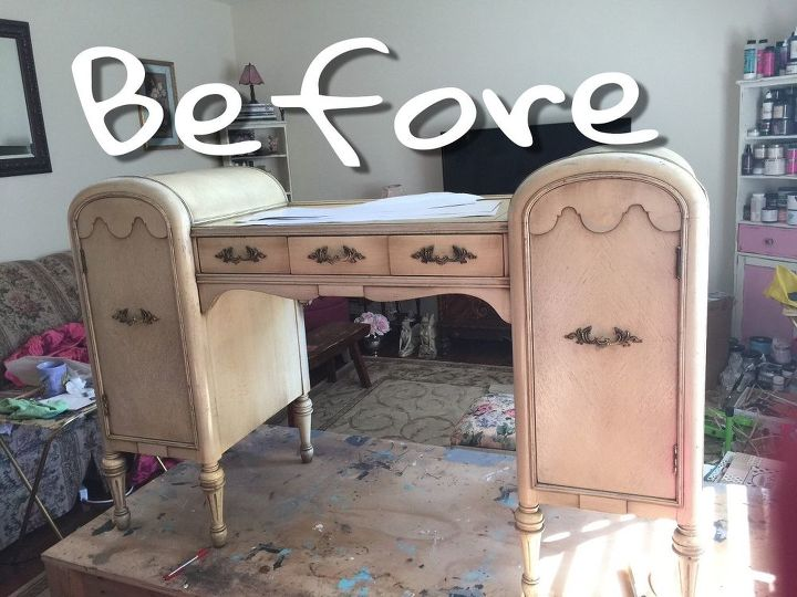 glam vanity makeover, bathroom ideas, Not exactly a showstopper