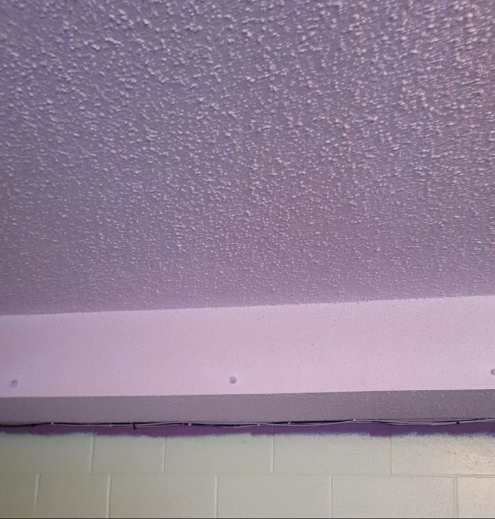 Q Popcorn Ceiling Wall Decor
