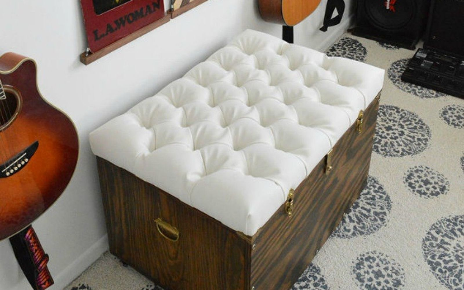 s 15 quick and easy gift ideas using buttons, Pin them for a luxurious tufted cushion