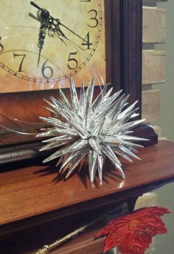 s fold tin foil for these breathtaking christmas decor ideas, christmas decorations, home decor, Or these silver ones