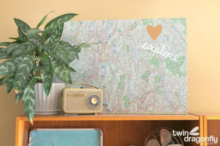 s 11 gorgeous ideas that will change the way you see cork board, Like this retro family vacation memory board