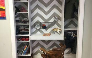 Kid's Bedroom Closet DIY