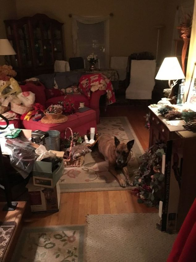 q twas the night before christmas, Can you find my sidekick in the clutter