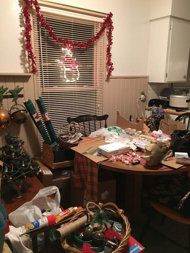 q twas the night before christmas, This looks like a happy space no eating haha