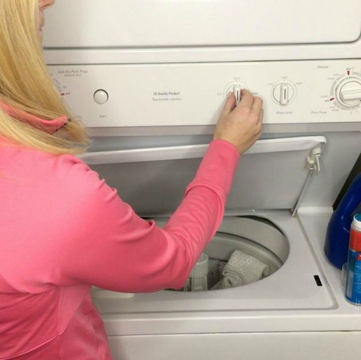s top cleaning tips you need to know for 2017, cleaning tips, This practical way to do laundry