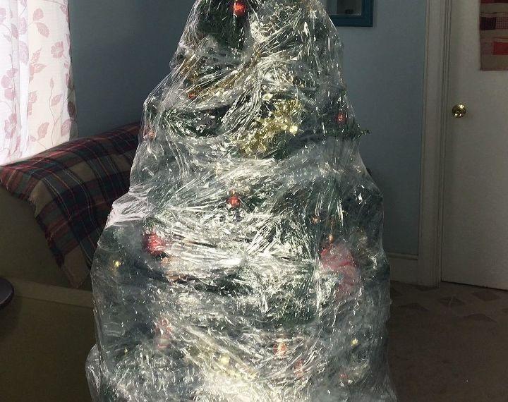 Plastic Wrapped Christmas Tree   Hometalk