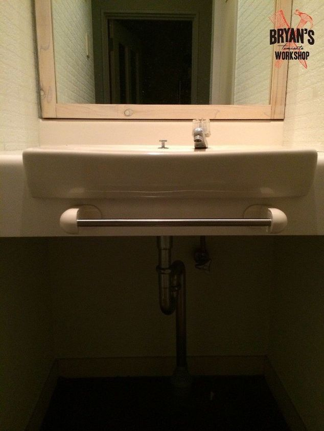 Diy Before Amp After Bathroom Sink And Ceiling Upgrade