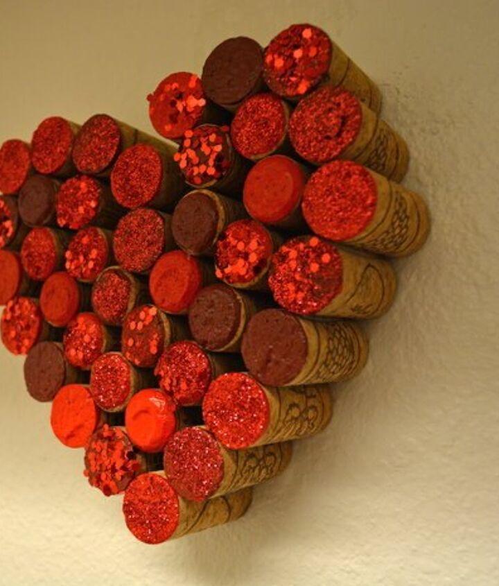 turn old corks into heart wall decor, home decor, wall decor