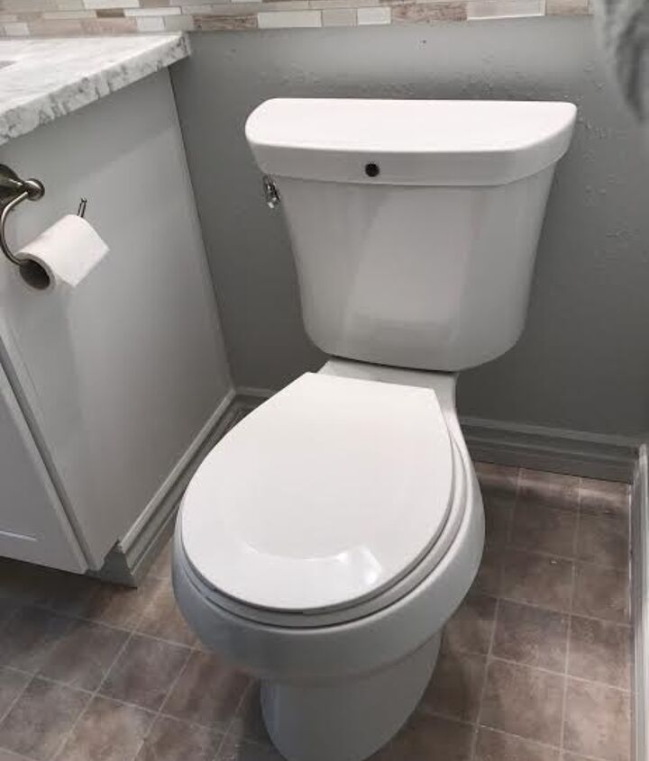 Can you see the toilet odor venting system?