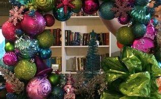 christmas ornament wreaths, christmas decorations, crafts, seasonal holiday decor, wreaths