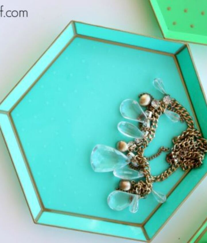 s 14 amazing things you can do with dollar store appetizer dishes, Reuse them as jewelry holders