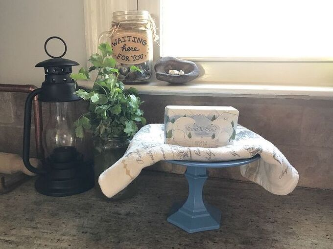 soap jewelry toiletry stand, cleaning tips