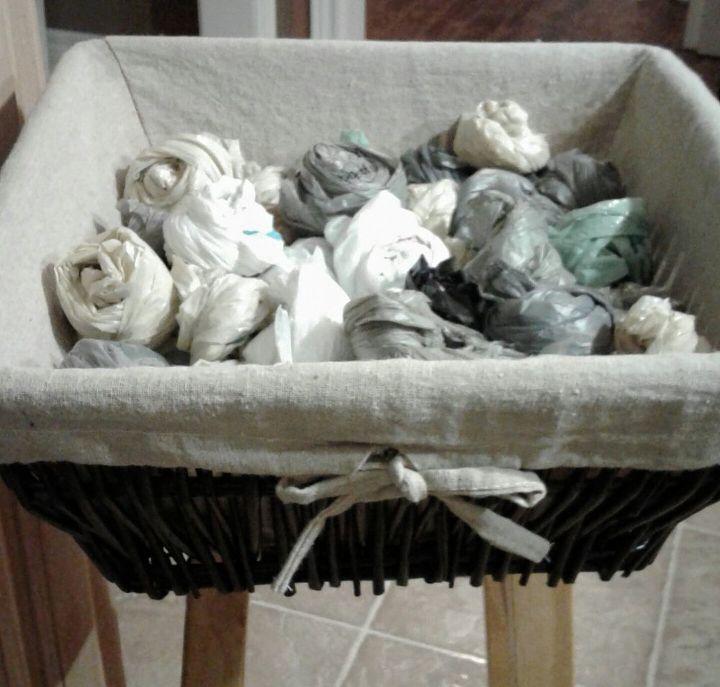 q neat storage for plastic bags, storage ideas