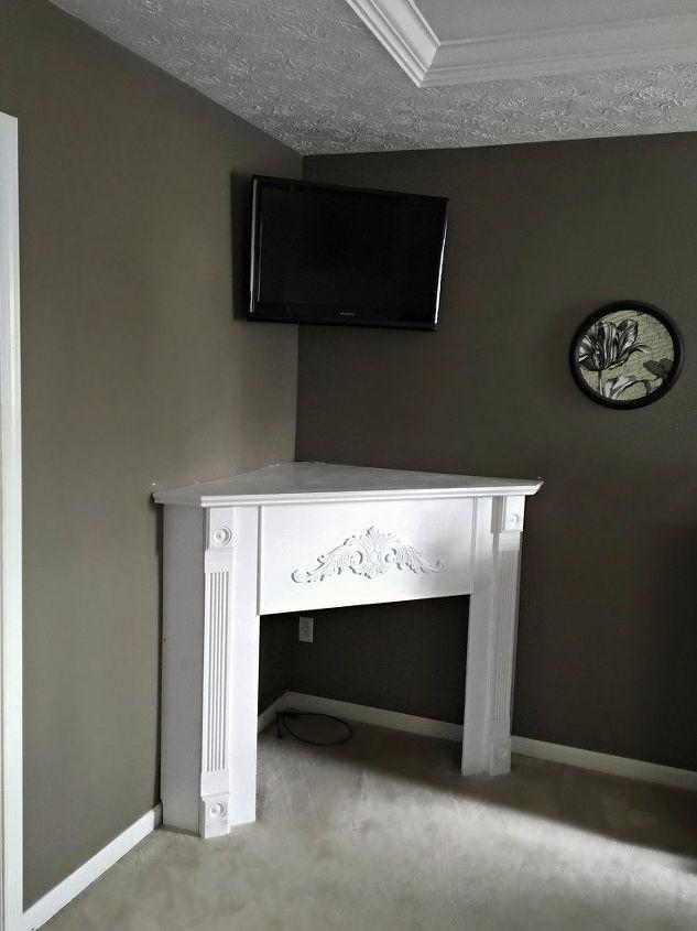 Diy fireplace mantel creating usable corner space hometalk diy fireplace mantel creating usable corner space fireplaces mantels solutioingenieria Image collections