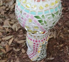 Using A Vase And A Globe For Decorative Garden Art, Crafts