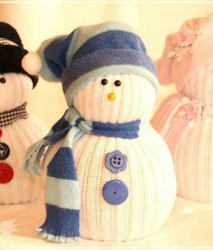 s save your socks for these 16 cute ideas, Transform them into cute snowmen