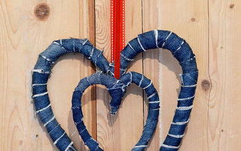 Great Way to Use Your Old Jeans to Decorate Your Home for Valentine's