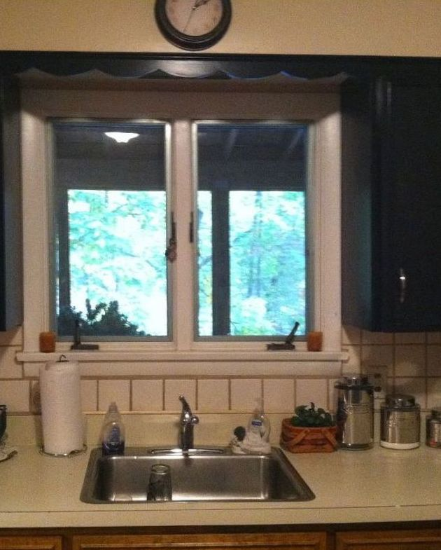 Cheap Kitchen Tile: She Wanted Transform Her 'ugly' Kitchen On The Cheap. So
