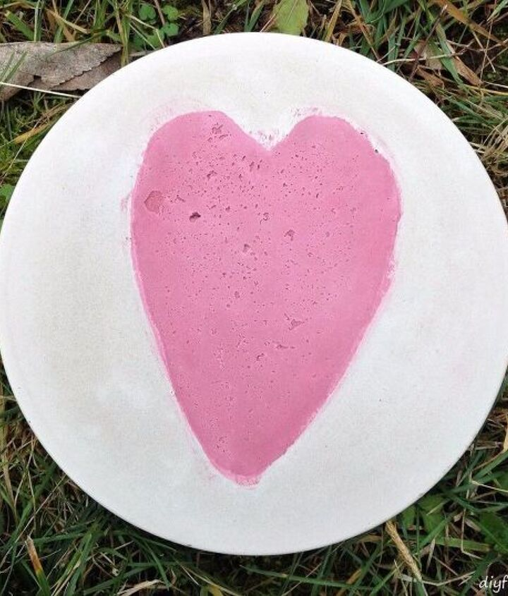 make garden stepping stones with embedded colored cement designs, concrete masonry