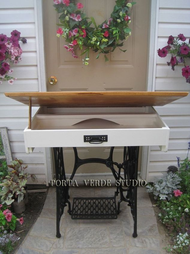 e the singer sewing machine conversion to desk, painted furniture