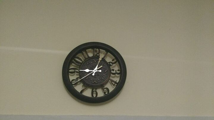 e update thanks to your help i was able to fix my clock