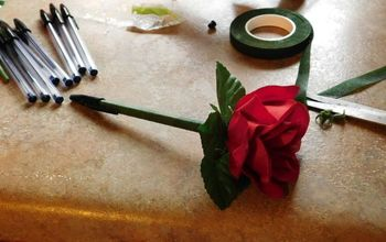 Add Some Romance to the Mundane...Flower Pens!