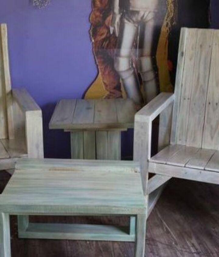 s shut thefront door these pallet furniture ideas are breathtaking, doors, painted furniture, pallet, This unicorn spit pallet patio set
