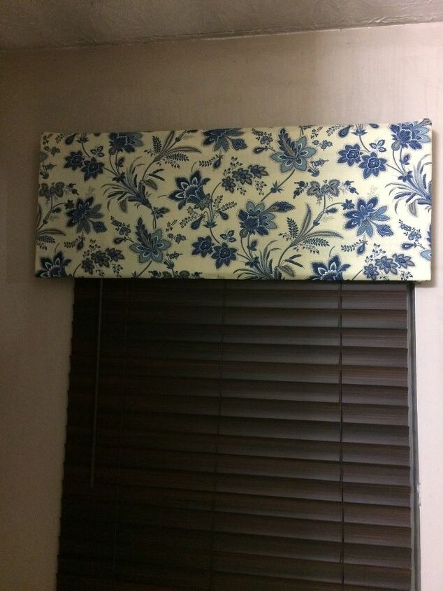 e check out what i have been doing window cornice