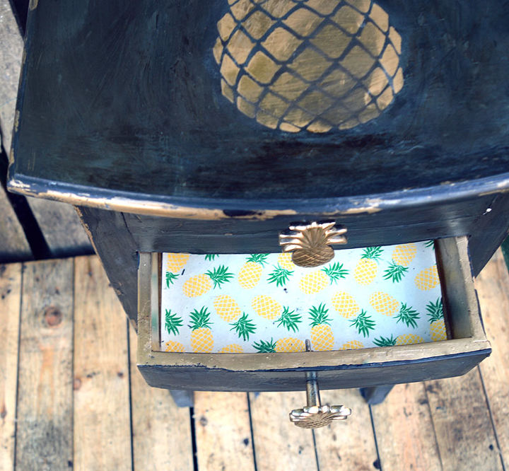 a fun shabby glam pineapple console table makeover, painted furniture, shabby chic