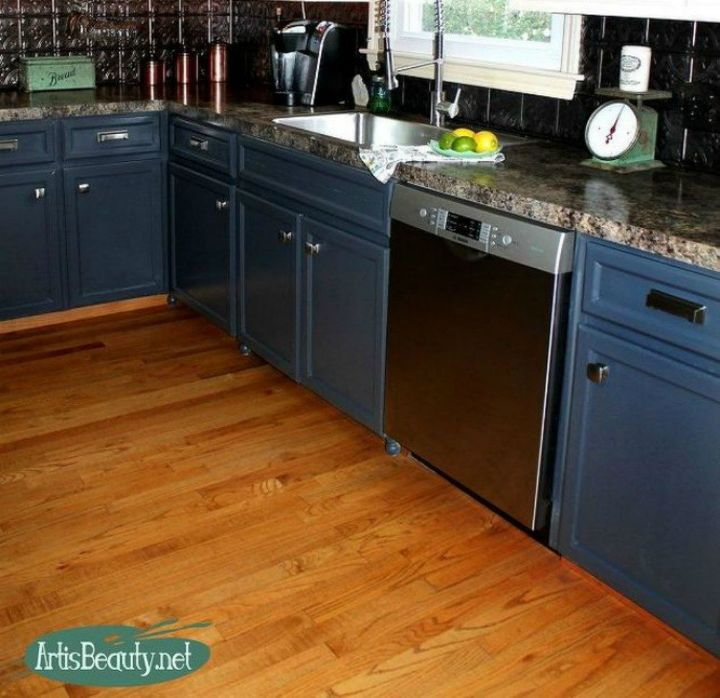Paint Your Kitchen Cabinets White: These Ideas Will Totally Transform Your Kitchen Cabinets
