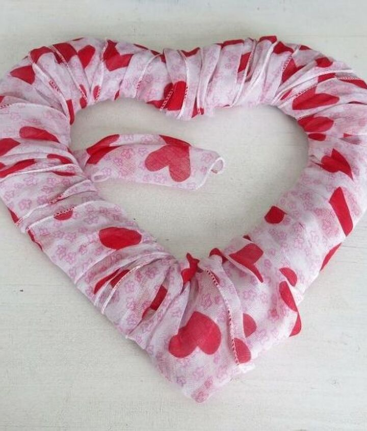 Diy Xoxo Reclaimed Wood Hearts Valentines Day Decor Hometalk