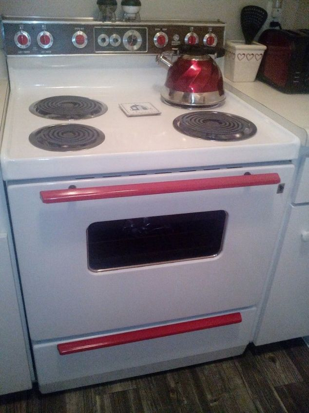 e an easy way to vintage your kitchen i sbyhh hv hkj, kitchen design