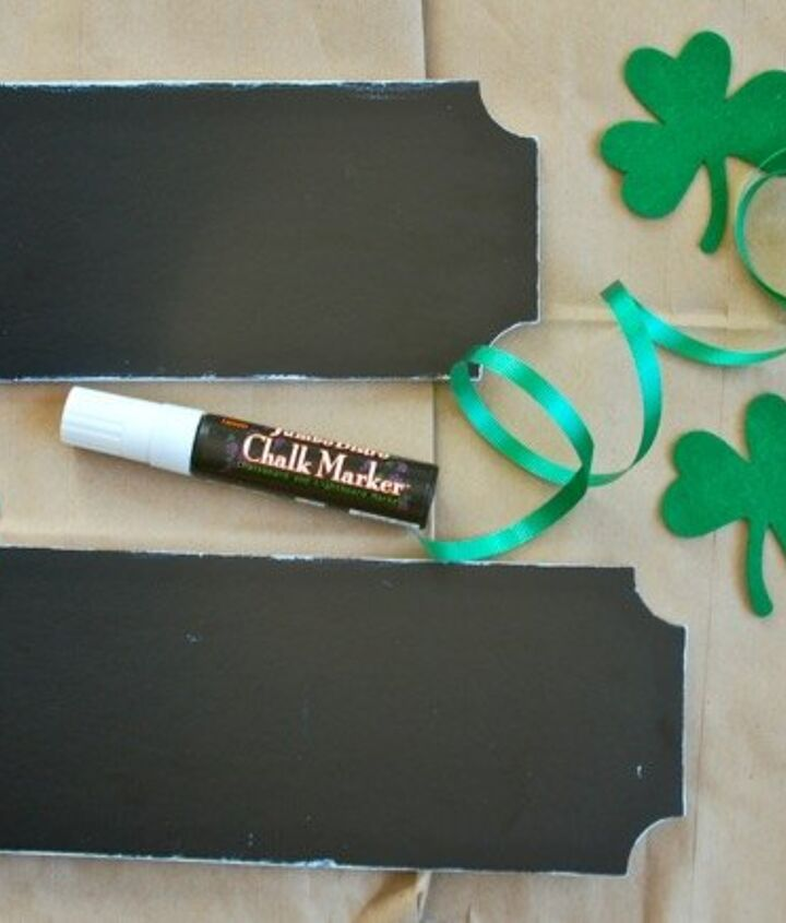 diy reversible door tags valentine s to st patty s, doors, seasonal holiday decor, valentines day ideas