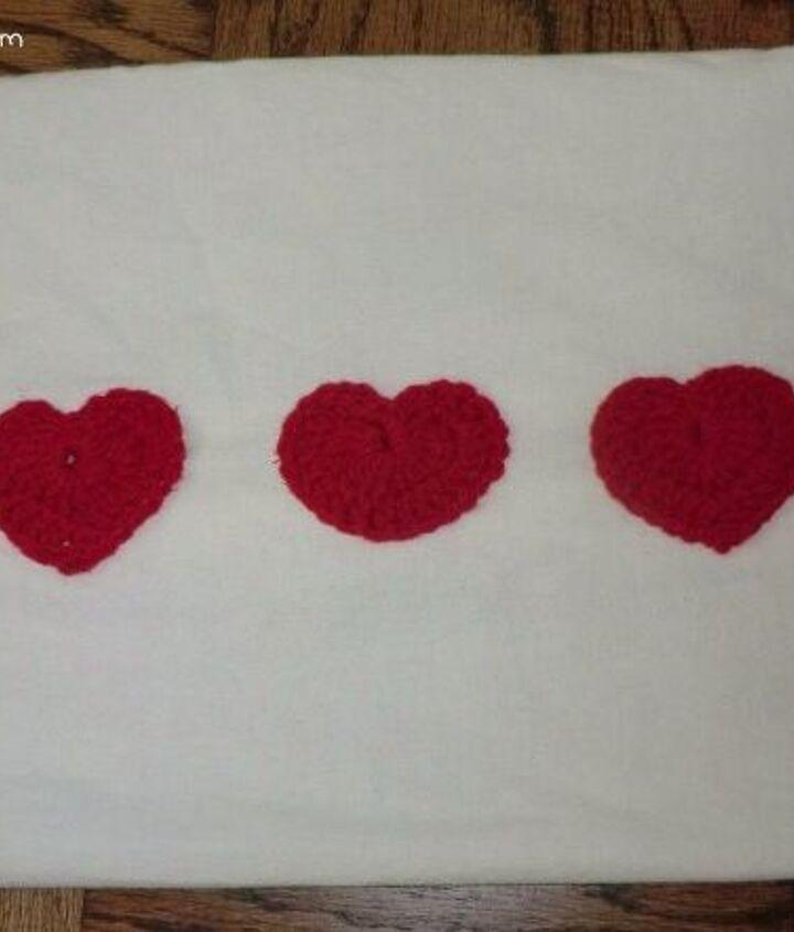 quick valentine s pillow, seasonal holiday decor, valentines day ideas