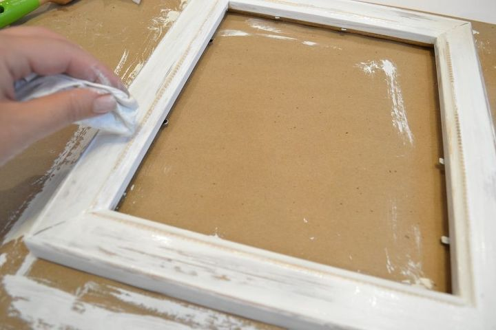 3 Ways to Upcycle Old Frames   Hometalk
