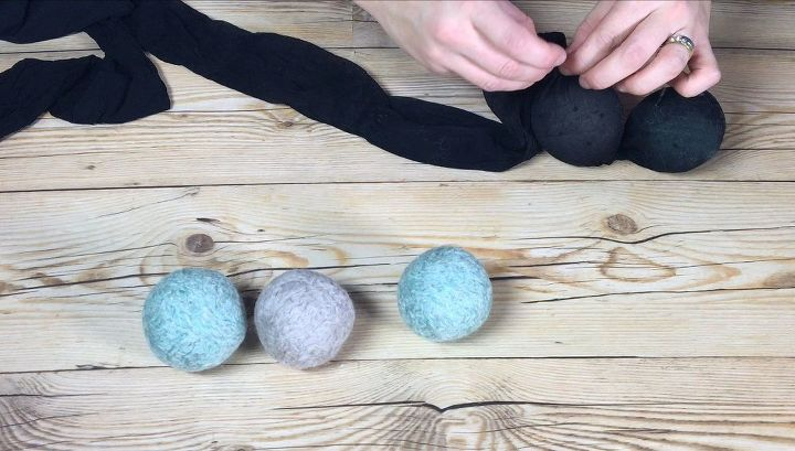 diy yarn essential oil dryer balls, appliances