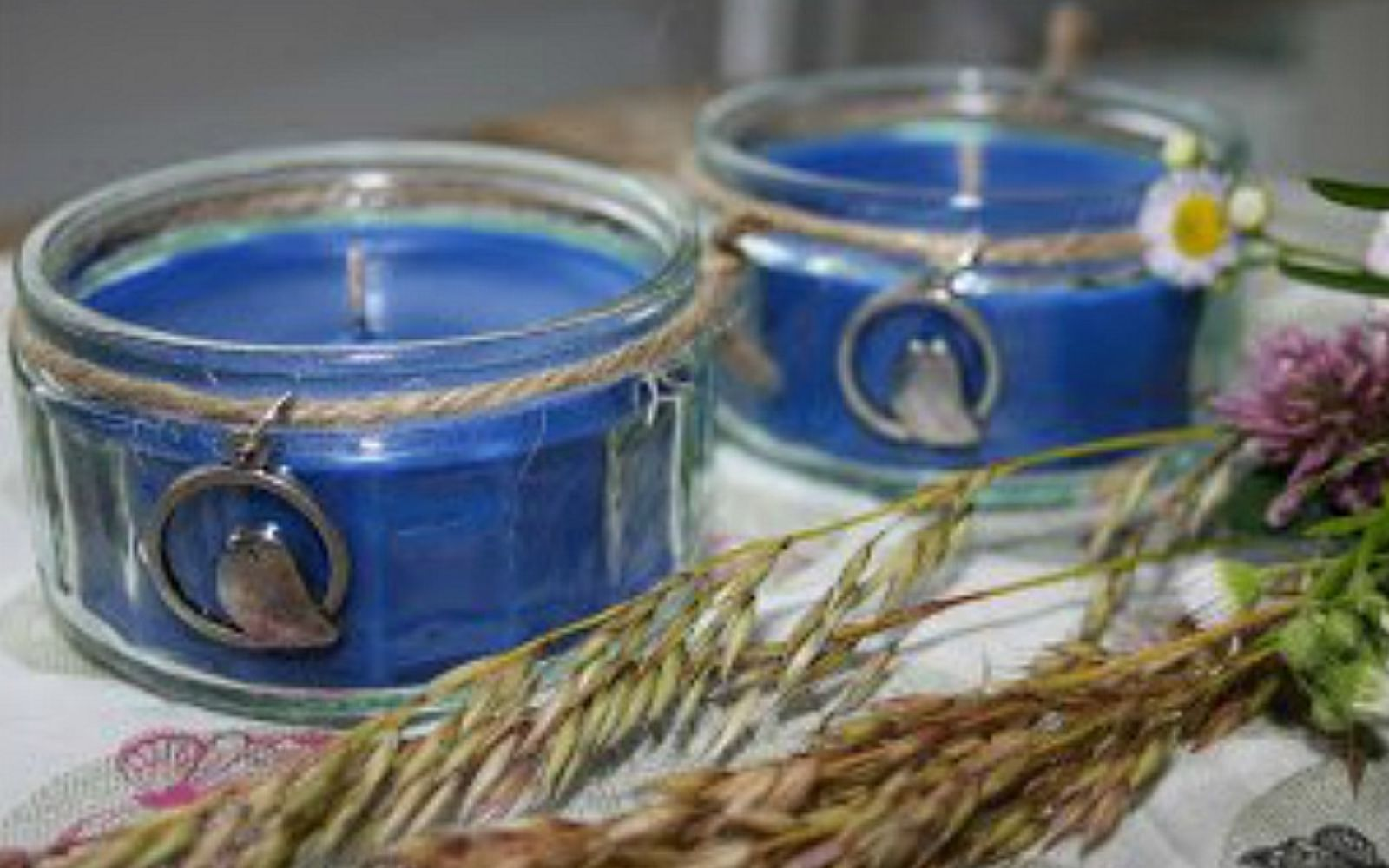 s 15 gorgeous homemade candle ideas you re going to want to try, These perfect blue candles