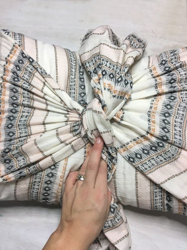 3 way no sew pillow cases with spring scarves