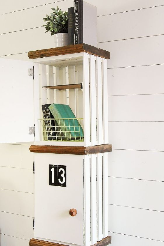 next time you 39 re at home depot grab a few crates and make this gorgeous storage for your kids. Black Bedroom Furniture Sets. Home Design Ideas