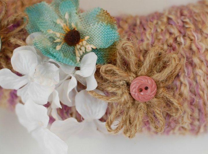 diy yarn wreath with twine flowers, crafts, gardening, wreaths