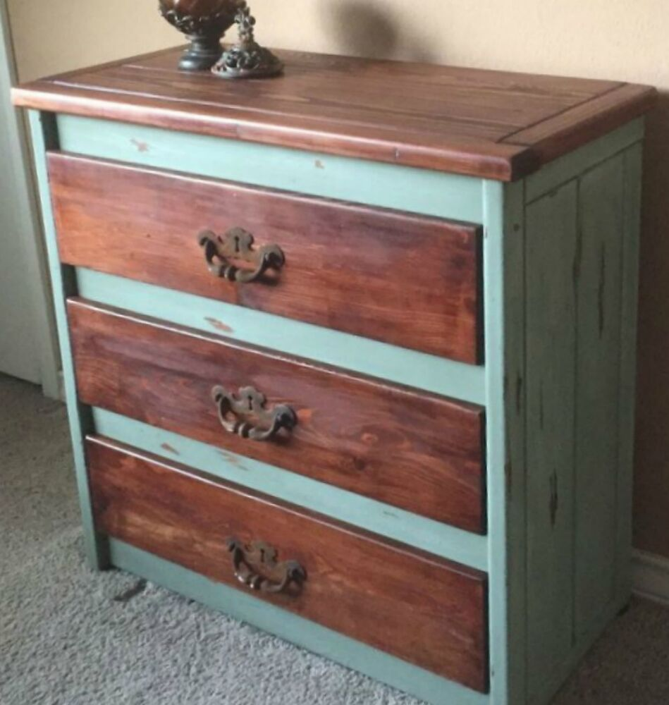 Decorating With Distressed Furniture: 15 Easy Tricks To Give Your Furniture That Gorgeous