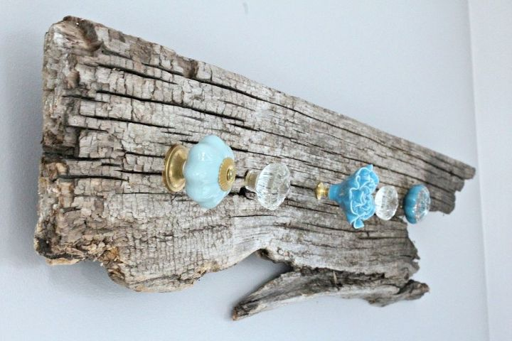 how to make a pretty set of hooks with authentic barn board, how to, outdoor living