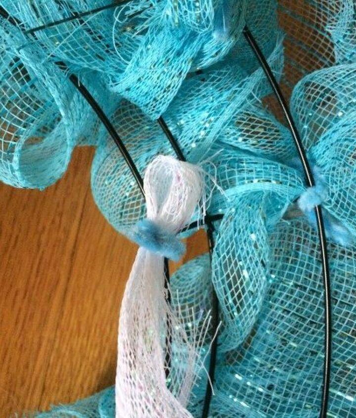 diy mesh spring wreath, crafts, wreaths