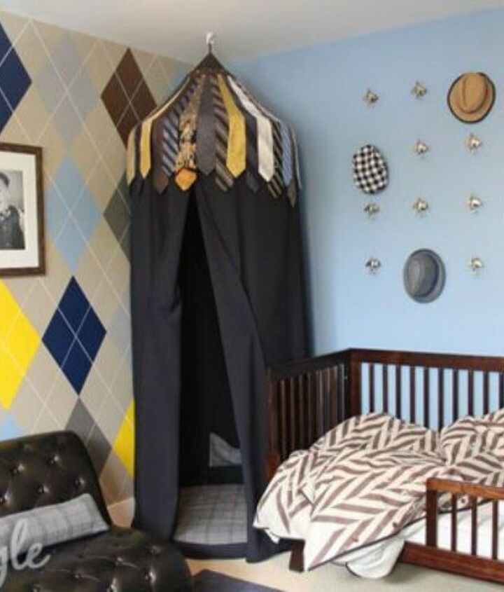 s 12 bedroom wall ideas you re so going to fall for, bedroom ideas, Copy a sweater with this argyle pattern