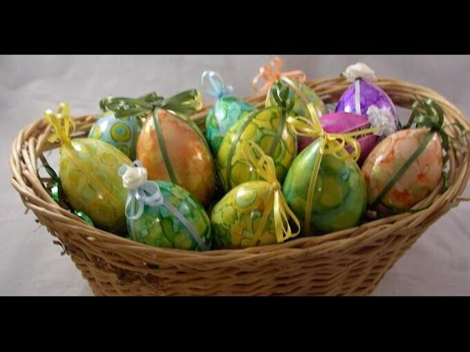 easter eggs with adirondack alcohol ink