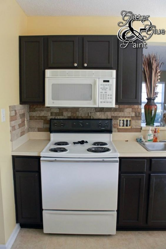 s 11 impressive ways to update your home with stone, concrete masonry, home decor, Incorporate it into your backsplash