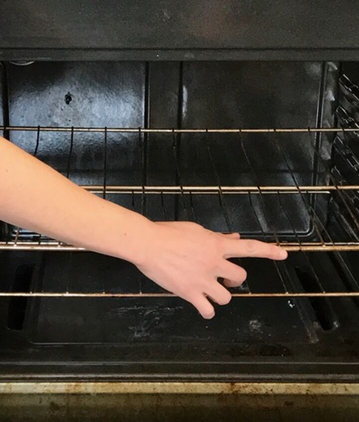 cleaning oven racks in the bathtub, appliances, bathroom ideas, cleaning tips