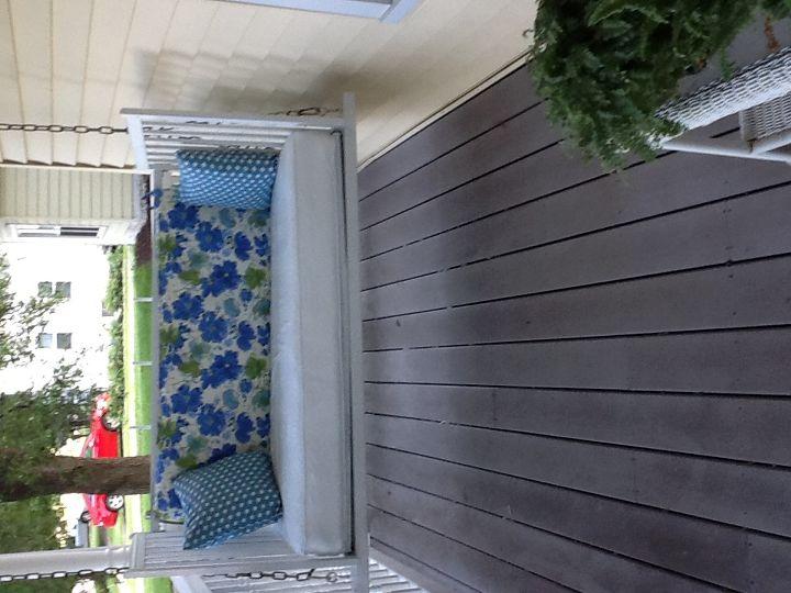 e porch swing, outdoor living