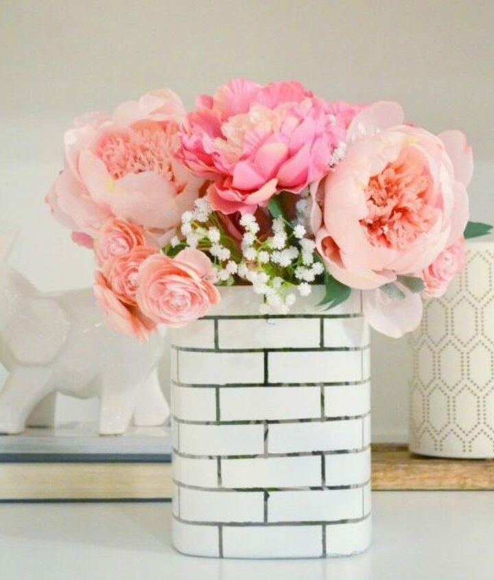 s 12 stunning ways to get that exposed brick look in your home, Create a faux brick floral centerpiece