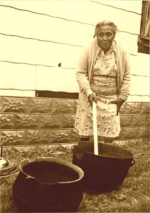 q southern traditions why did my grandmas sweep their yards